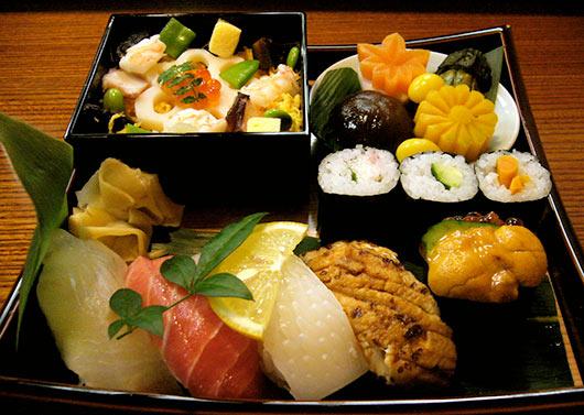 обед для любителей суши