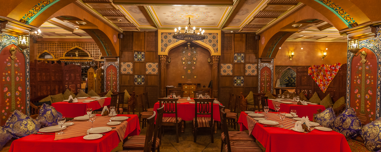 интерьер ресторана восточной кухни